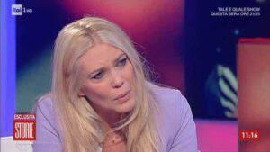 Eleonora Daniele in grande difficoltà durante la diretta di oggi-Ecco cosa succede