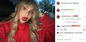"""Jasmine Carrisi: rossetto rosso e linguetta """"maliziosa"""" bloccano Instagram"""