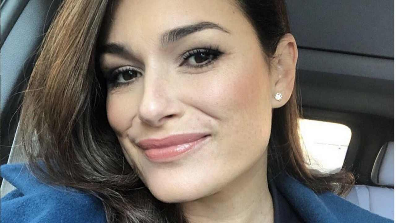 """Coronavirus, Alena Seredova ancora positiva: """"Non vedo mia figlia da 15 giorni"""""""