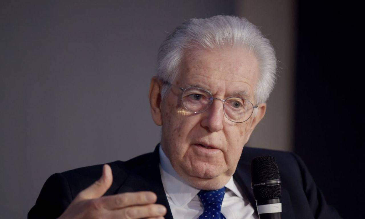 """Mario Monti: """"Nessuno meglio di Conte ma ascolti Opposizione"""""""
