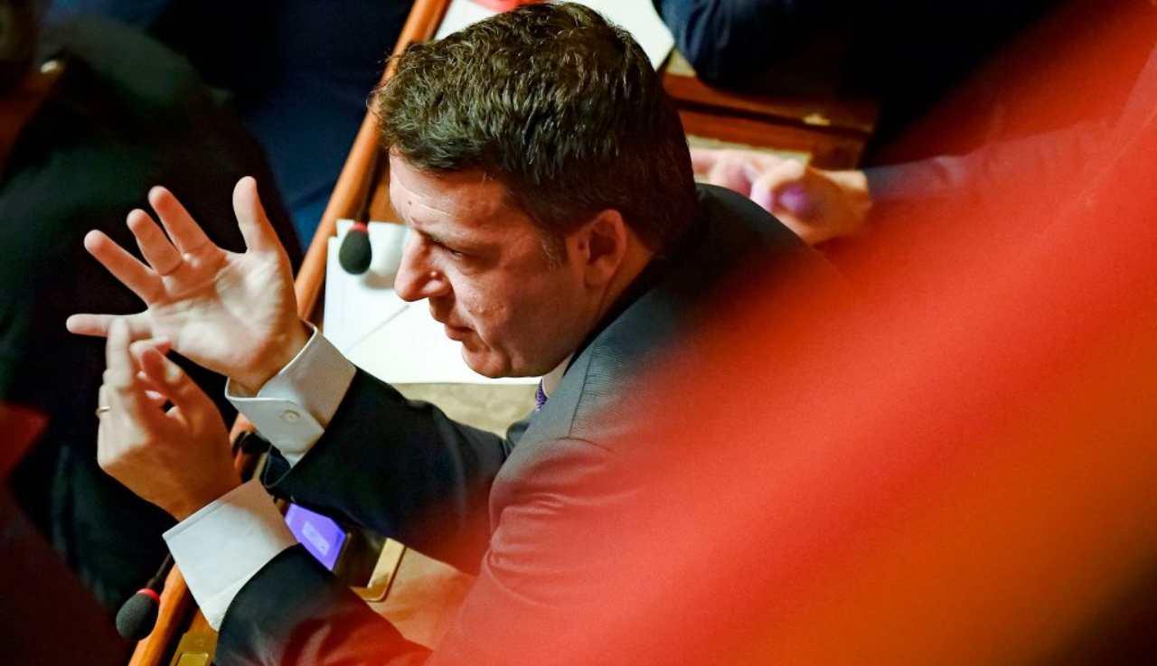 Renzi strizza l'occhio a Berlusconi e invita Forza Italia in Maggioranza