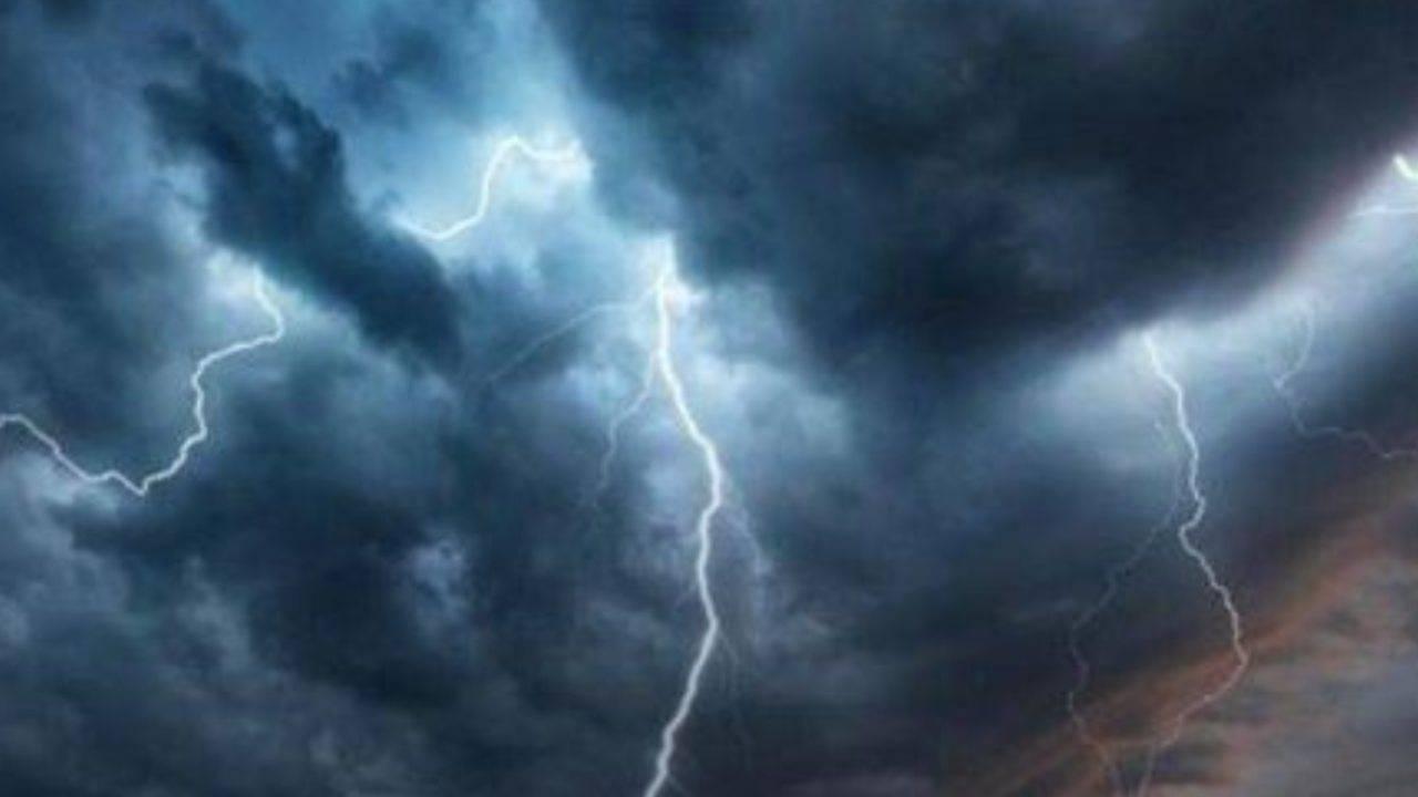Meteo domani sabato 28 novembre: arriva il ciclone Mediterraneo, maltempo in vista