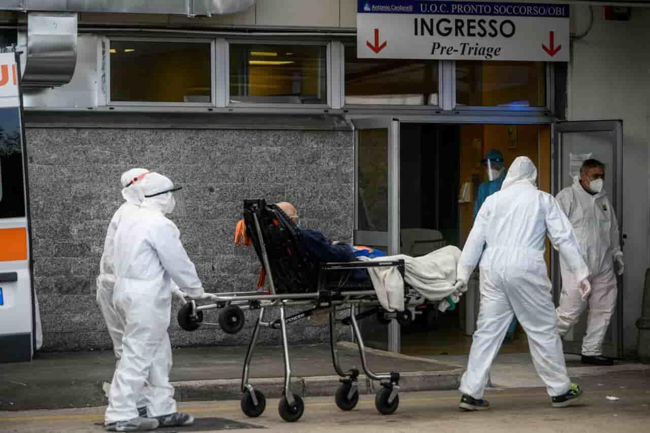 renzi_vaccino_esercito 25.11.2020 Leggilo.org