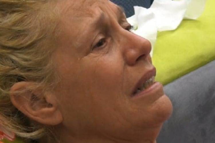 Maria Teresa Ruta lacrime