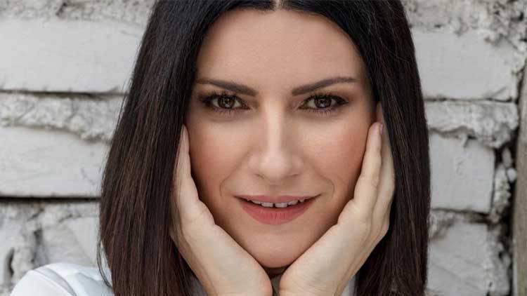Laura Pausini vacanze in famiglia