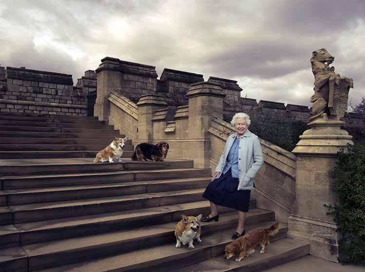 Regina Elisabetta lutto Vulcan