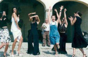 """Selvaggia del film """"Il Ciclone"""": cosa fa oggi e la sua incredibile trasformazione"""