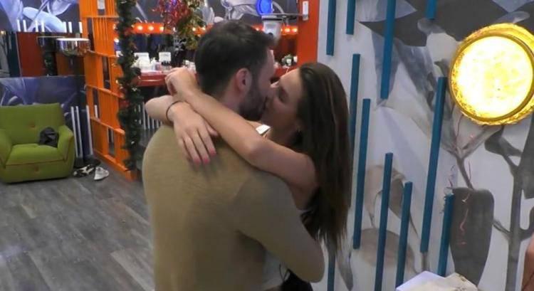 bacio Andrea Dayane