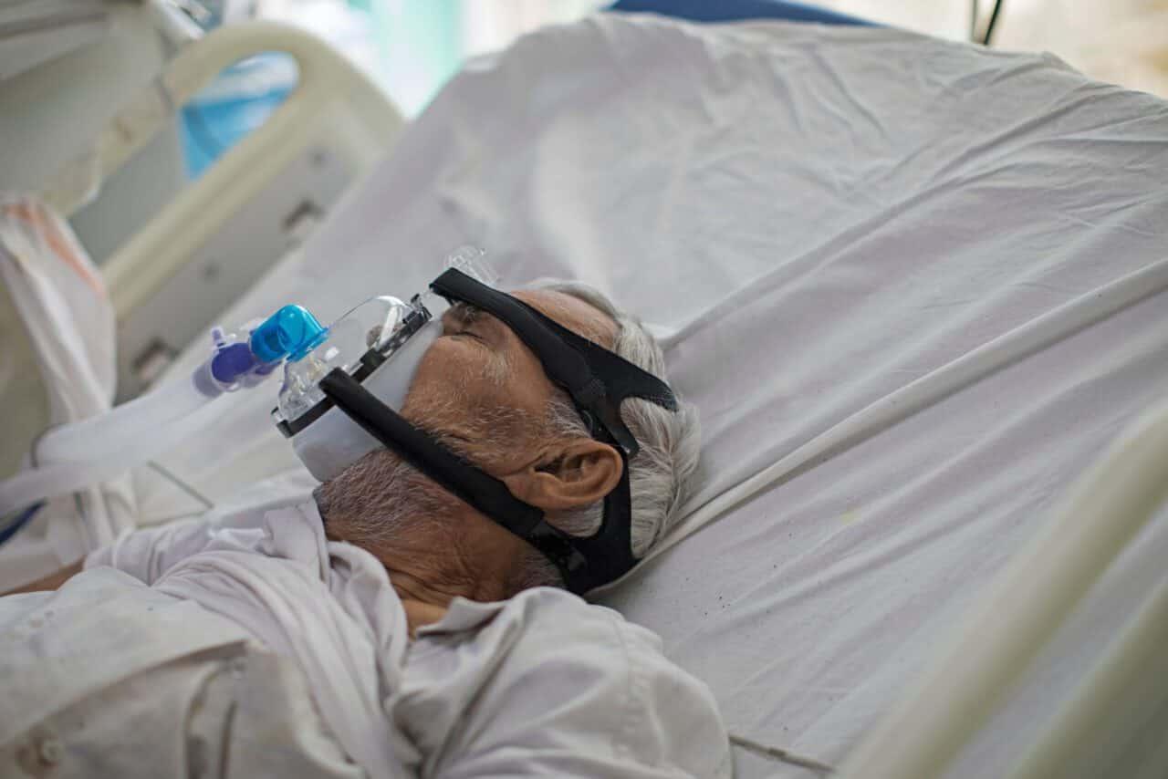 India, centinaia di persone ricoverate per malattia non identificata