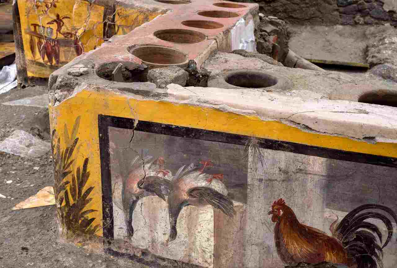 Pompei, riemerge il Termopolio, bottega dello street food