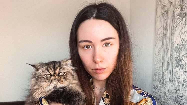 Aurora Ramazzotti e l'abbandono agli studi: arriva una diretta Instagram