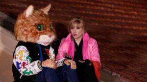Il Cantante mascherato il Gatto si rifiuta durante la diretta: è la prima volta