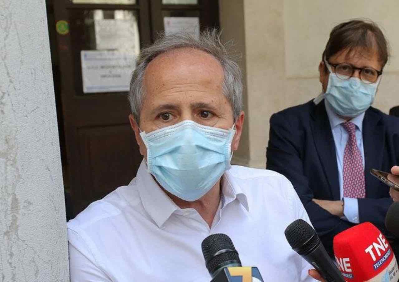 Coronavirus, l'estate del 2021 potrebbe essere da incubo dice Andrea Crisanti