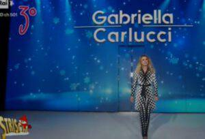 """Milly Carlucci: la sorella Gabriella torna in televisione """"conciata così"""""""