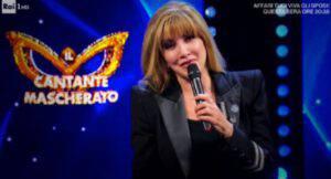 """Il Cantante Mascherato: Milly Carlucci rivela """"Ci sono già dei problemi"""""""