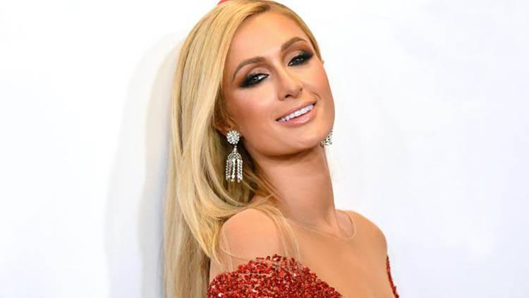 Paris Hilton fecondazione in vitro