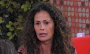 Samantha de grenet piange lacrime offese antonella elia tumore