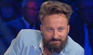 Francesco Facchinetti bomba Gf Vip confessione shock baciato vippona