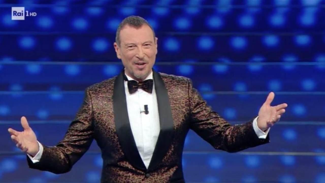 Sanremo 2021, Amadeus sceglie la co conduttrice: E' la moglie di un noto calciatore