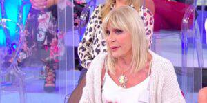 """Uomini e Donne: """"Gemma ha un problema serio"""" la dichiarazione che sbalordisce"""
