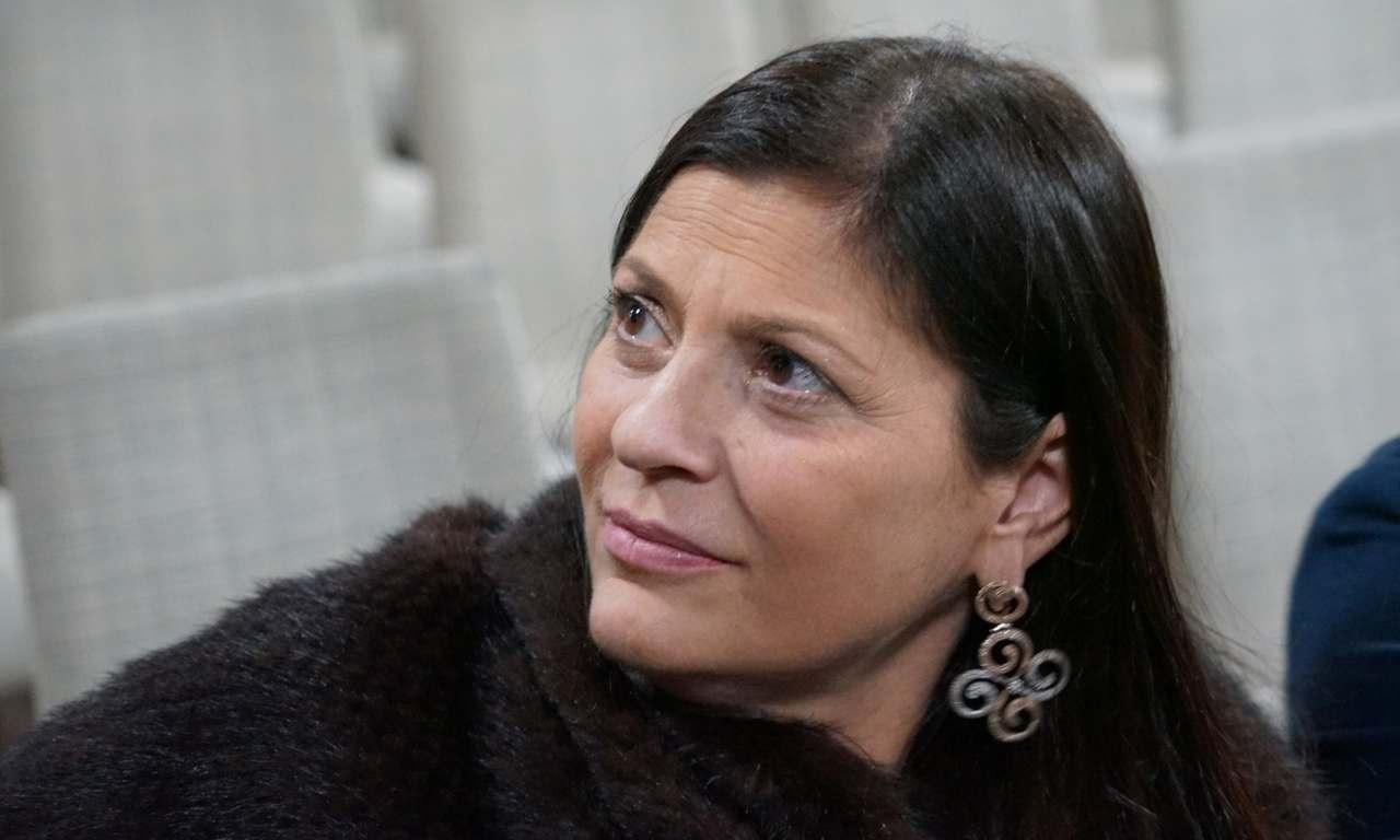 Insegnante esultò dopo la morte di Jole Santelli: sospesa