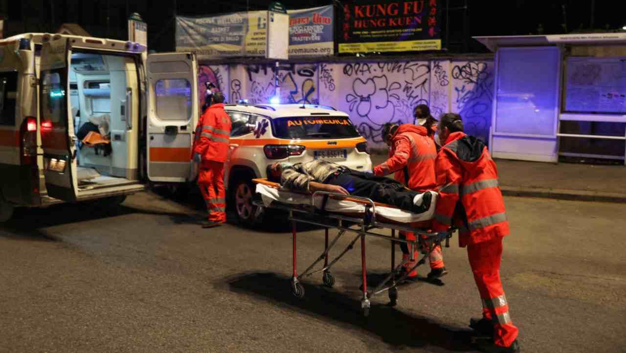 """Suicidio Lucio Marrocco: """"La sua è una morte bianca"""", dice la moglie"""