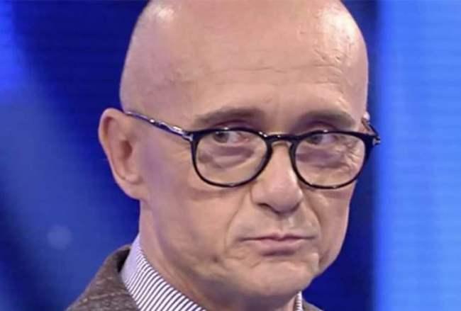 """GFVip: Alfonso Signorini confessa """"Basta, voglio sparire"""""""