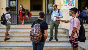 Il Ministro Bianchi sicuro: scuole aperte fino al 30 giugno