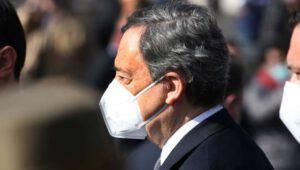 """""""Draghi andrebbe arrestato"""", diceva Carlo Sibilia"""
