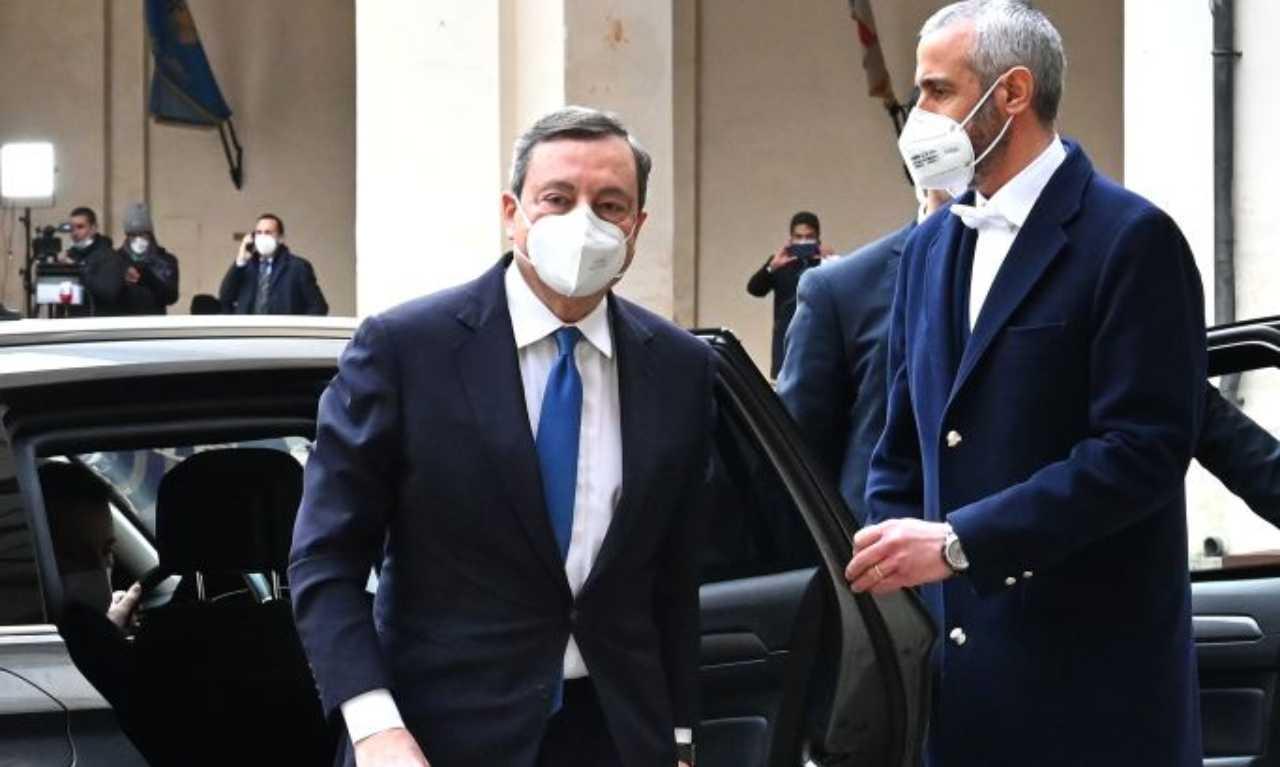 Draghi al secondo giro di consultazioni, dai partiti una pioggia di sì