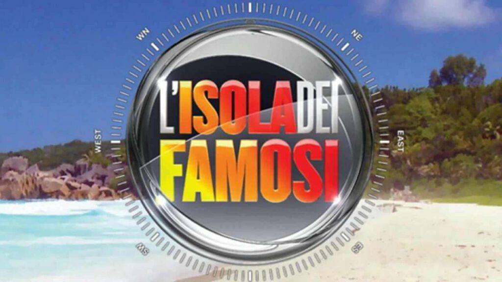 Tutto pronto per la nuova edizione de L'Isola dei Famosi: Ilary Blasi è pronta al timone e secondo indiscrezioni avrebbe chiamato anche Asia Argento. Che ruolo avrà nel programma?