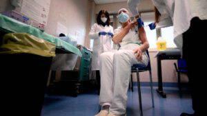 Roma, 12 tra medici e infermieri positivi dopo il vaccino
