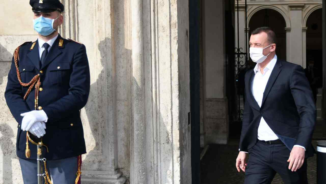 """I grillini scaricano Casalino: """"Hai sbagliato strategia"""""""