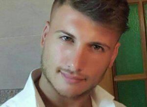 Sbalzato via dalla moto, Vincenzo è morto a 31 anni