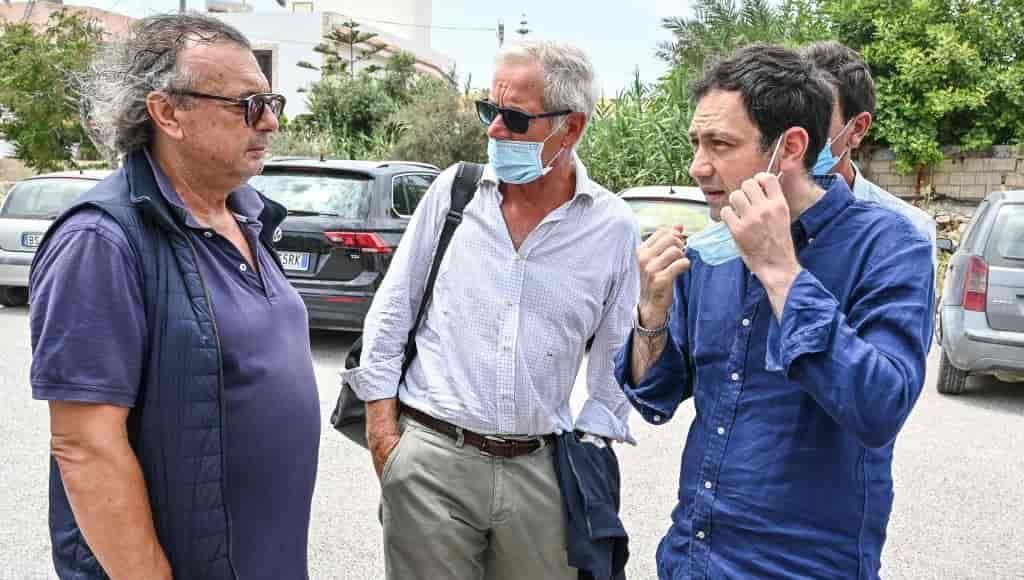 Covid, ad un anno dal lockdown l'Italia rischia di tornare tutta in zona rossa, dice Bertolaso
