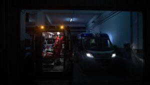 Il caso delle ambulanze private Croce San Pio a Napoli