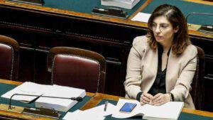 """Laura Castelli: """"Nessuno parla di far saltare il cashback"""""""