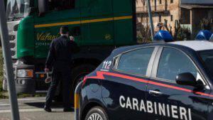 Accosta per raccogliere banconote, Marco Querini muore travolto