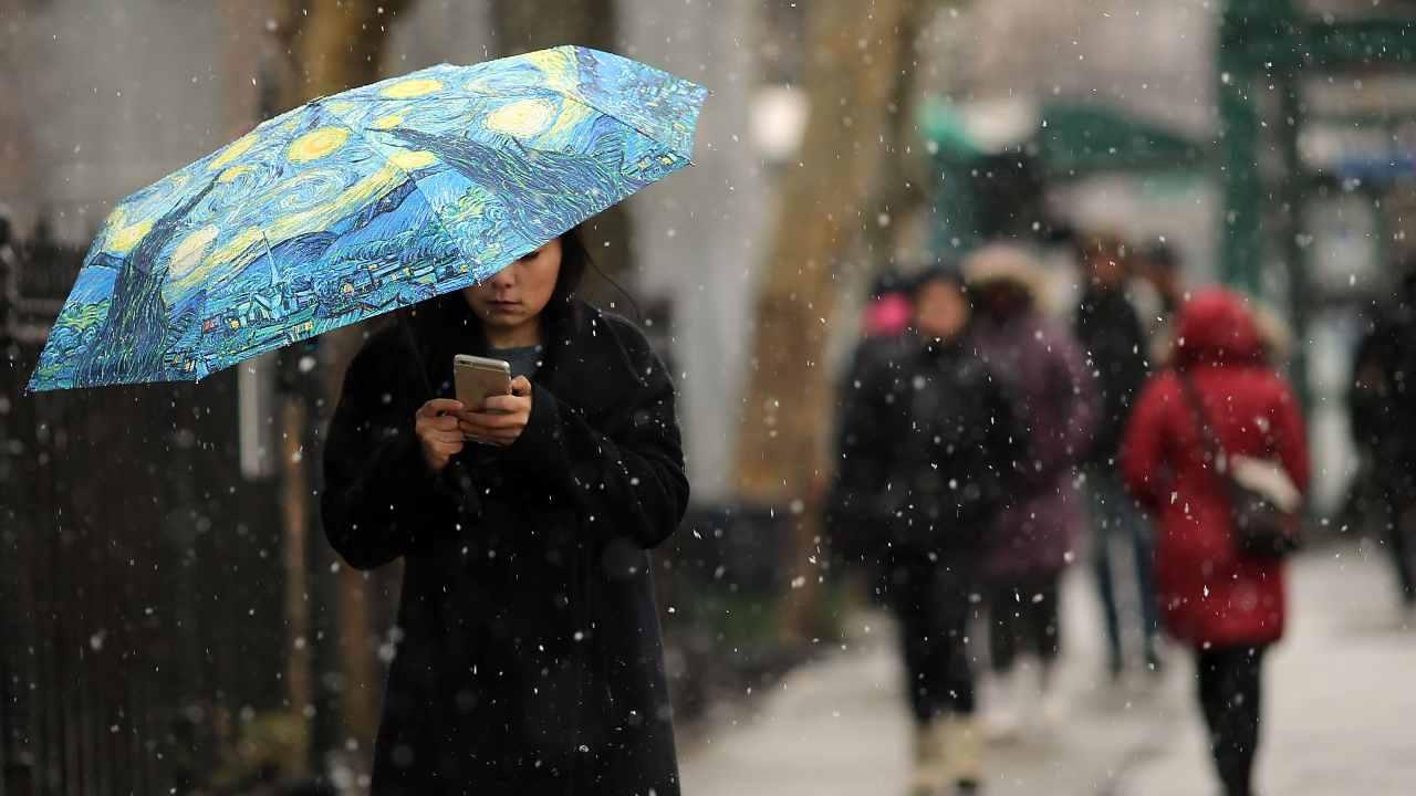 Meteo oggi lunedì 8 marzo: in arrivo piogge temporali e neve – La settimana