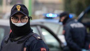 Roma, i colpi del rapinatore col reddito di cittadinanza