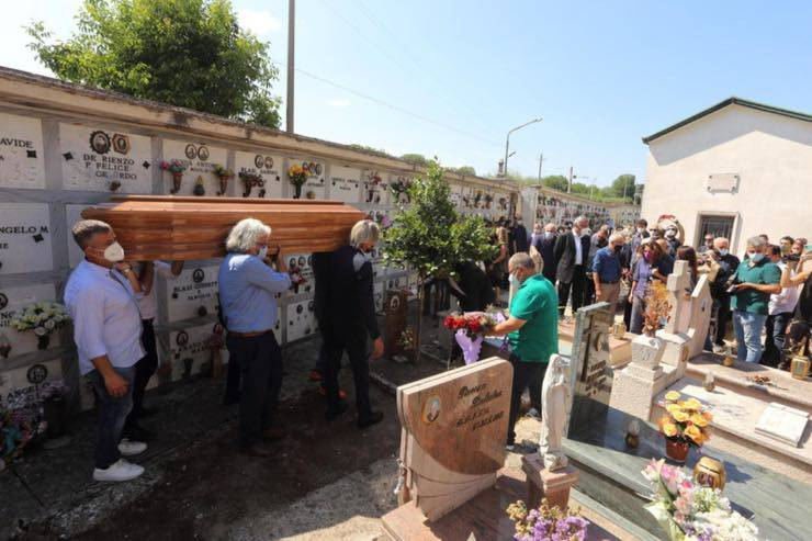 Funerali Libero De Rienzo