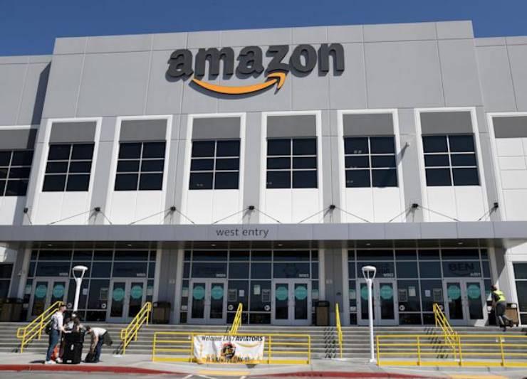 Amazon (Yahoo Finance)