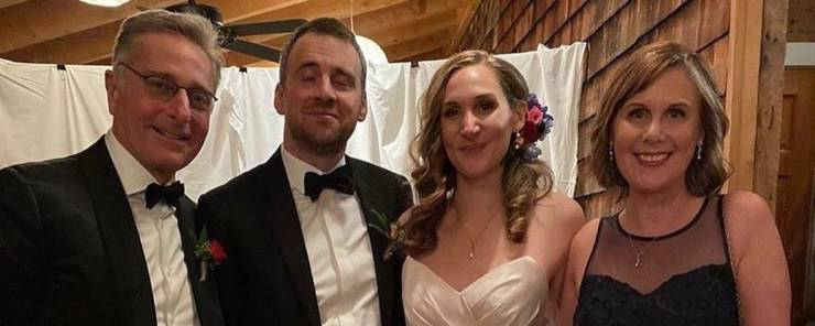 Bonolis insieme alla ex moglie Diane Zoeller al matrimonio della figlia (Tvzap)