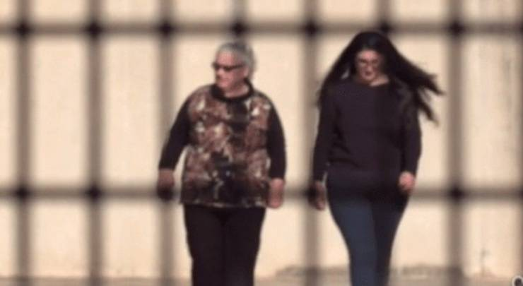 Cosima Serrano e Sabrina Misseri in carcere (Quotidiano Di Puglia)