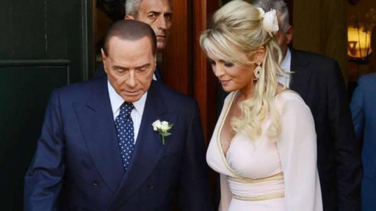 Berlusconi insieme a Francesca Pascale (Dagospia)