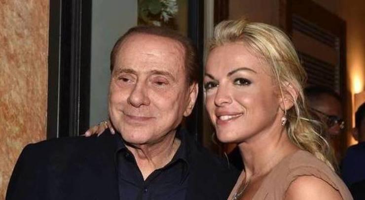 Francesca Pascale e Silvio Berlusconi (Leggo)