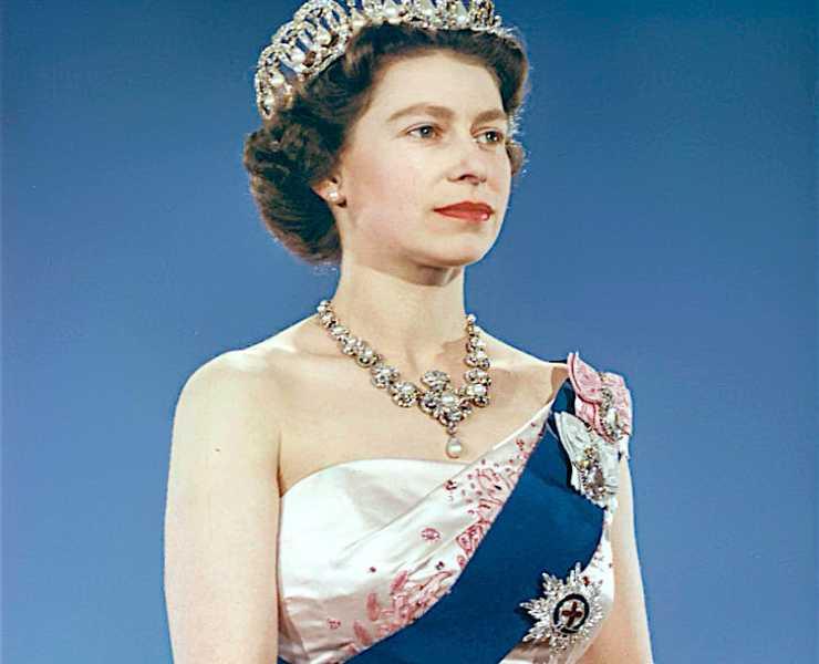 Regina Elisabetta da giovane (Wikimedia)