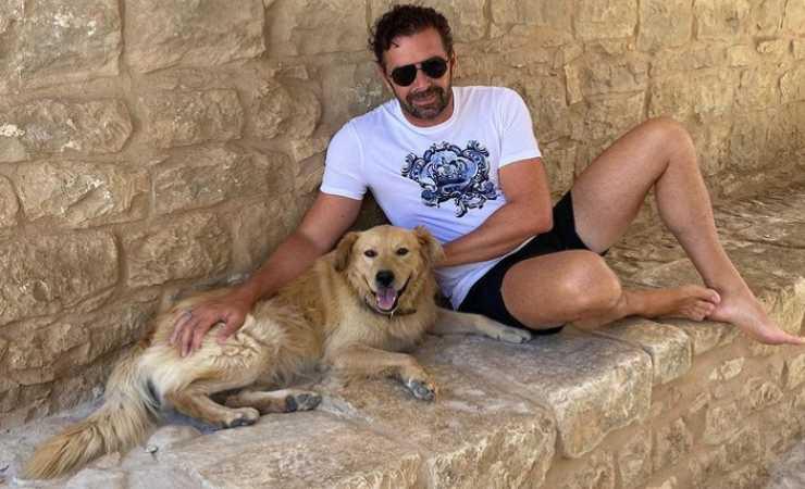 """Alberto Matano e """"Il re della casa"""" (Instagram)"""