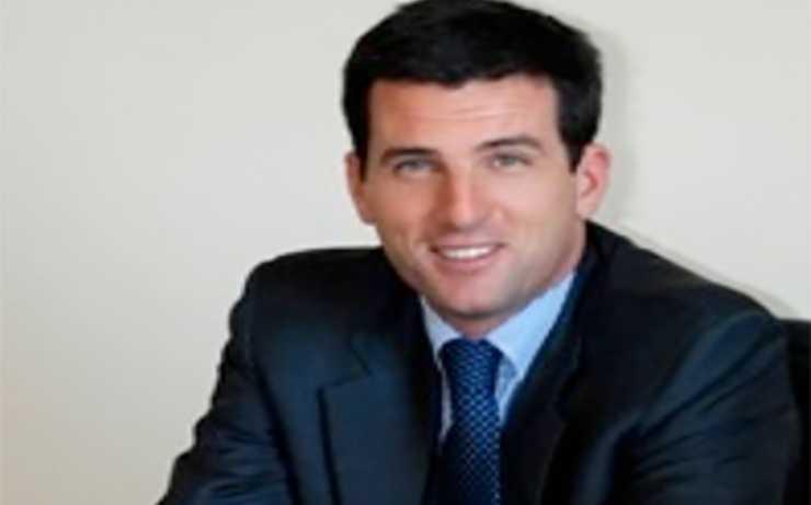 Carlo Longari in una foto sul suo sito web
