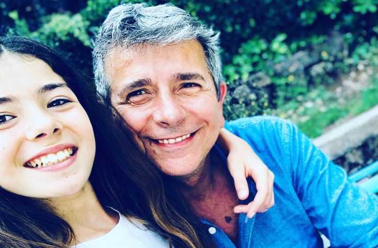 Giuseppe Brindisi insieme a sua figlia (Facebook)